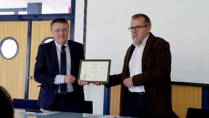 Miguel Sandalinas recibe el reconocimiento