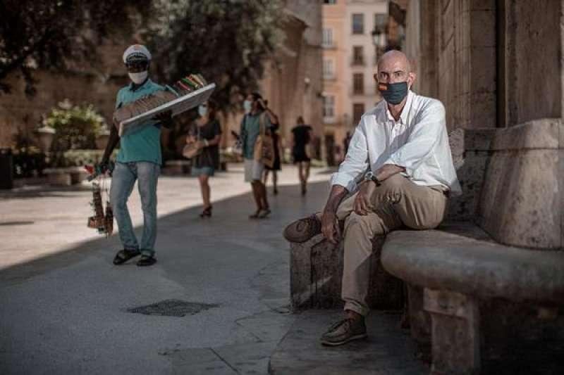 El portavoz municipal de Vox en València, Pepe Gosálbez, durante la entrevista con EFE. EFE/Biel Aliño./ EPDA
