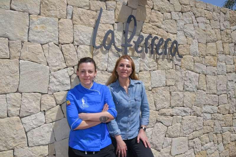 La chef de La Ferrera Cabe Soler y la jefa de sala Lola Soler