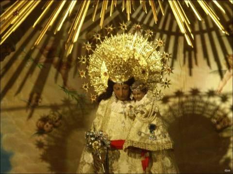 <TEXTAREA onblur=guarda_pie(2) id=piorden2 name=piorden2>Imagen de la Virgen de los Desamparados. Foto comunitatvalenciana.com </TEXTAREA>