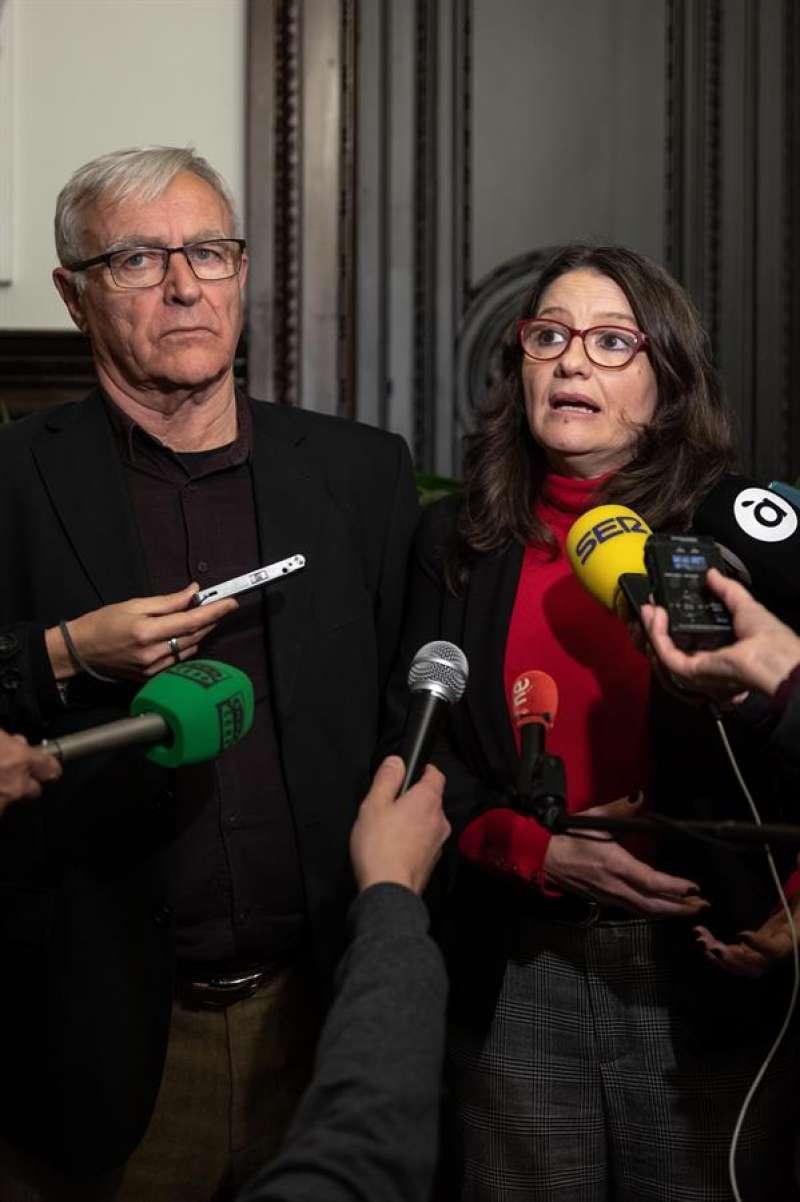 El alcalde de València, Joan Ribó, se reúne con la vicepresidenta Mónica Oltra. EFE/Biel Aliño