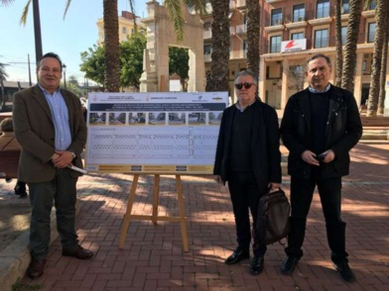 El concejal Sarriá ha visitado hoy el inicio de las obras. EPDA