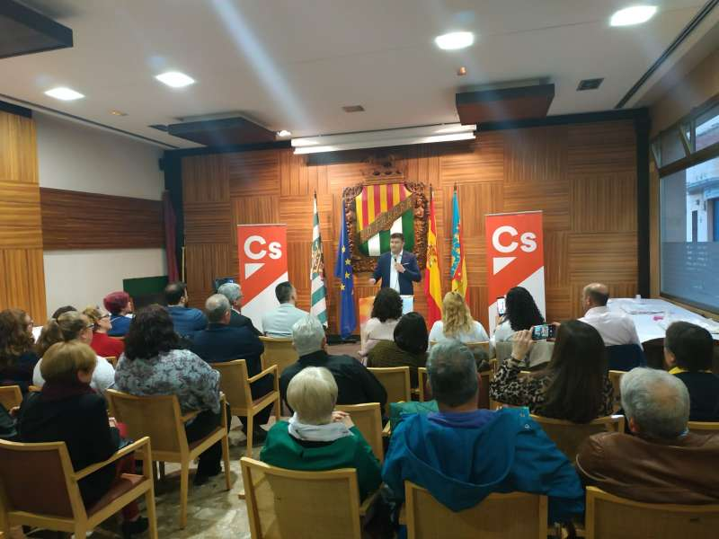 Acto de presentación de Ciudadanos en Benetússer