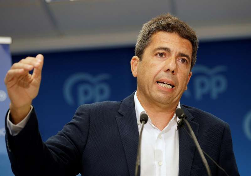 El presidente de la Diputación de Alicante y presidente provincial del PP, Carlos Mazón