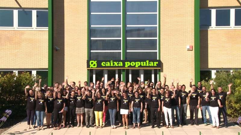 Els treballadors de Caixa Popular.//EPDA