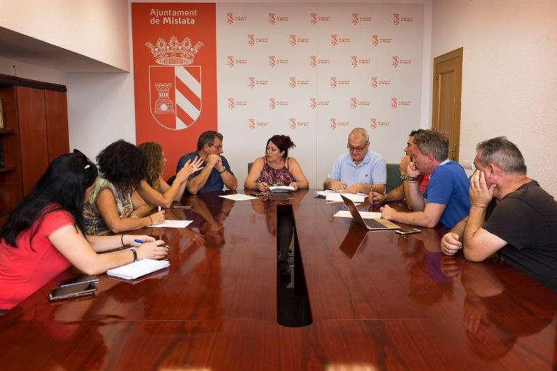 Reunión de la Asociación de Comerciantes y Empresarios de Mislata con la concejala del área, Maika Tarín. EPDA