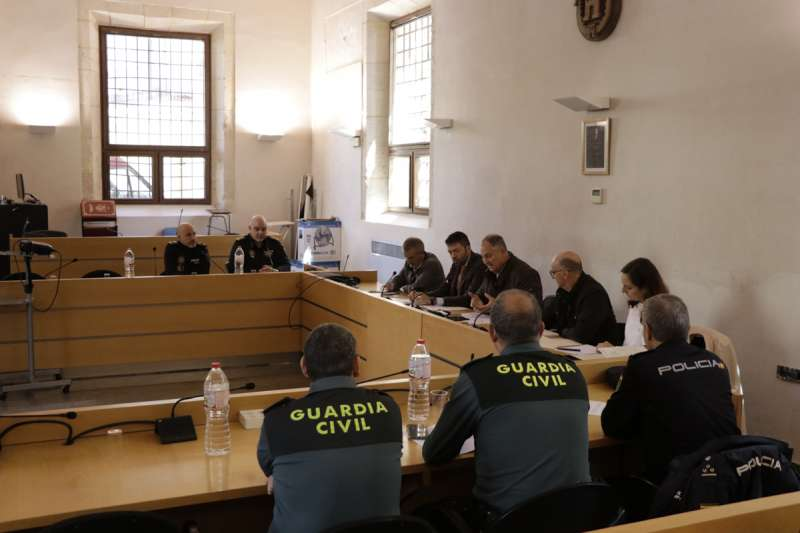 Reunión Guardia Civil en Llíria./epda