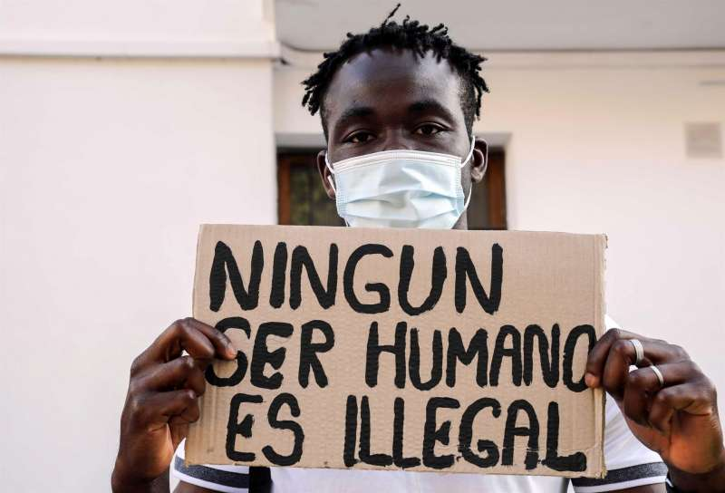 Un inmigrante que llegó hace dos años a Valencia en el buque Aquarius EFE