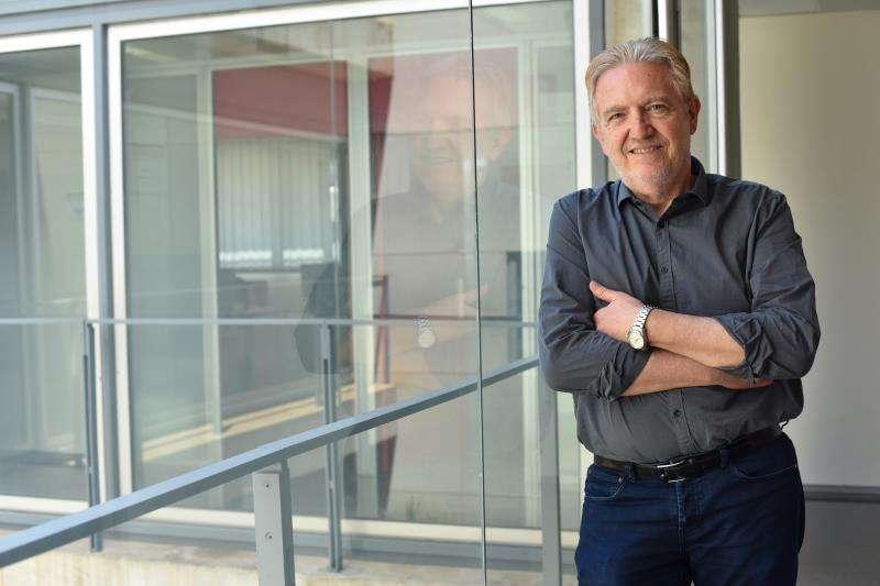 El director del Instituto Valenciano de Investigación en Inteligencia Artificial (VRAIN, Vicent Botti, en una imagen de la UPV. / EFE