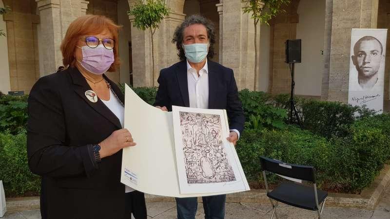 Antonio Camaró junto a la Delegada del Gobierno de la Comunitat Valenciana, Gloria Calero