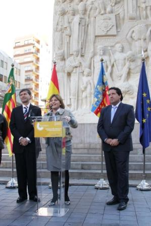 Isabel Bonig inaugura la remodelación de la Plaza de Santa Clara en la ciudad de Castellón. Foto EPDA