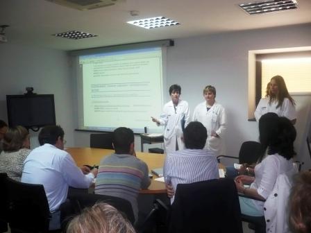 Trabajadores del Laboratorio de Análisis Clínicos del Hospital General Universitario de Elche. Foto EPDA