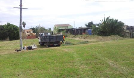 También se ha segado y desbrozado la parcela donde se realizan algunos actos. Foto: EPDA.