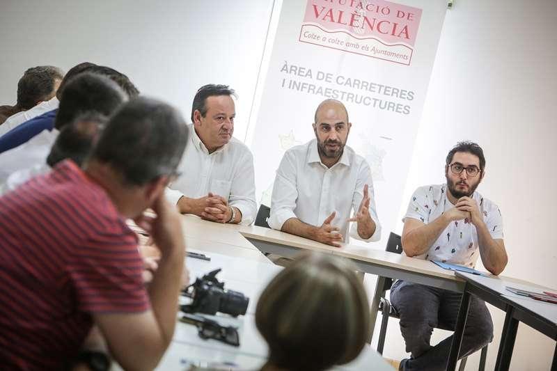 Pablo Seguí en una reunión en Massarrojos. EPDA