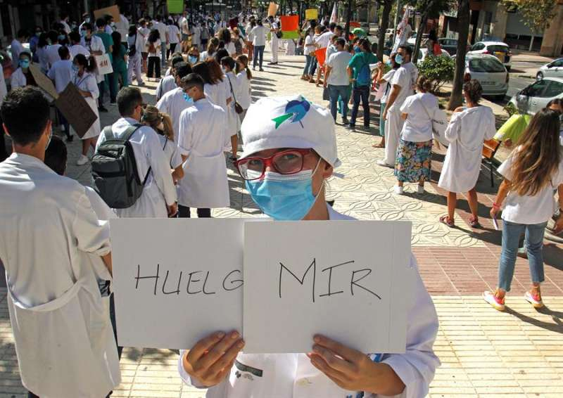 Imagen de archivo de una protesta de los MIR por las calles de Alicante. EFE/MORELL/Archivo