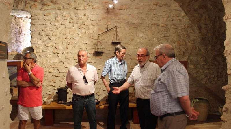 L 39 ajuntament de silla va rebre ahir la visita de arturo for Ajuntament de silla