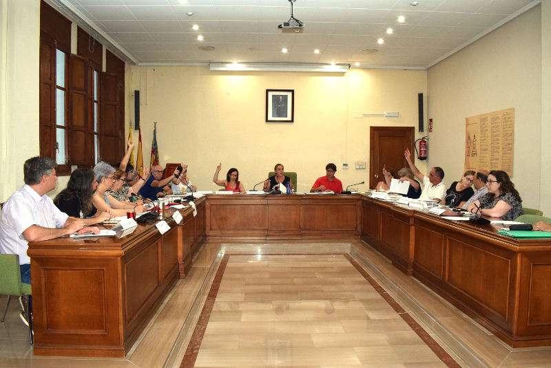 Sesión plenaria en el Ayuntamiento de Benetússer. EPDA