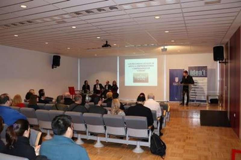 Conferencia en Torrent. EPDA