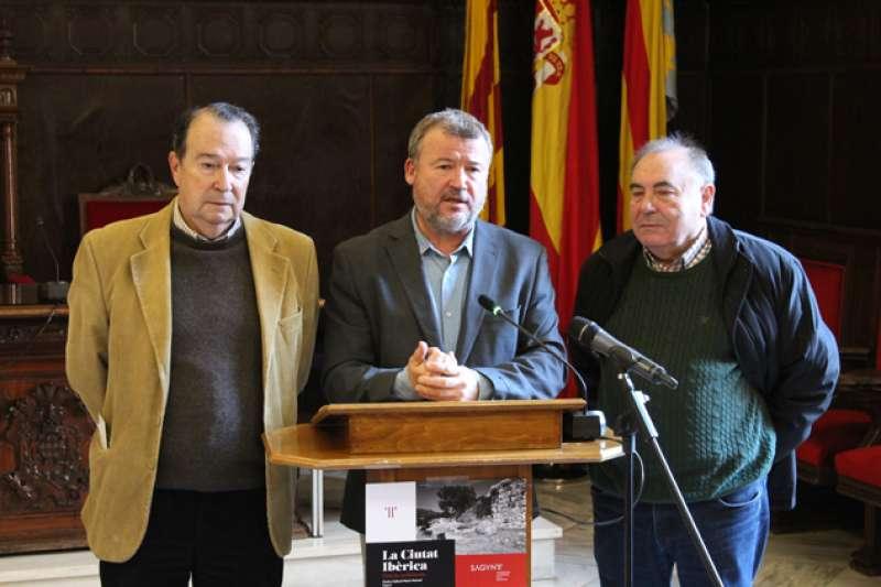 Quico Fernández junto con Amadeo Ribelles y Manuel Civera.