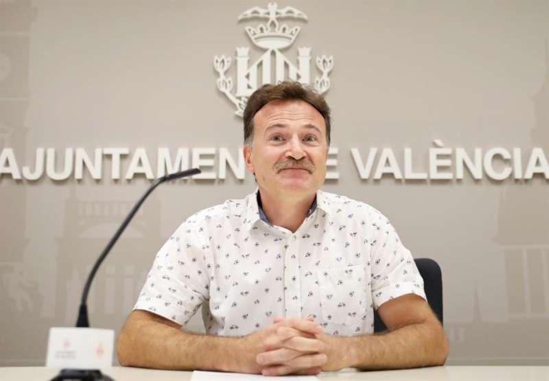 El concejal de Movilidad de València y presidente de la EMT, Giuseppe Grezzi. EFE/ Ana Escobar/Archivo