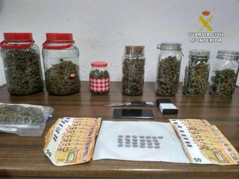 Material incautado en la operación, en una imagen de la Guardia Civil.