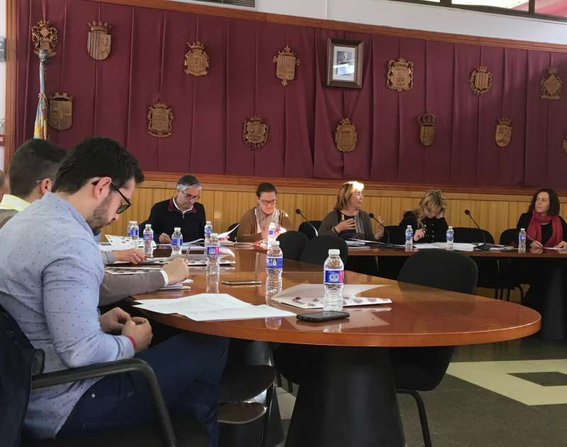 El Camp de Túria estudia una estrategia conjunta para solicitar las ayudas para la mejora de los polígonos industriales