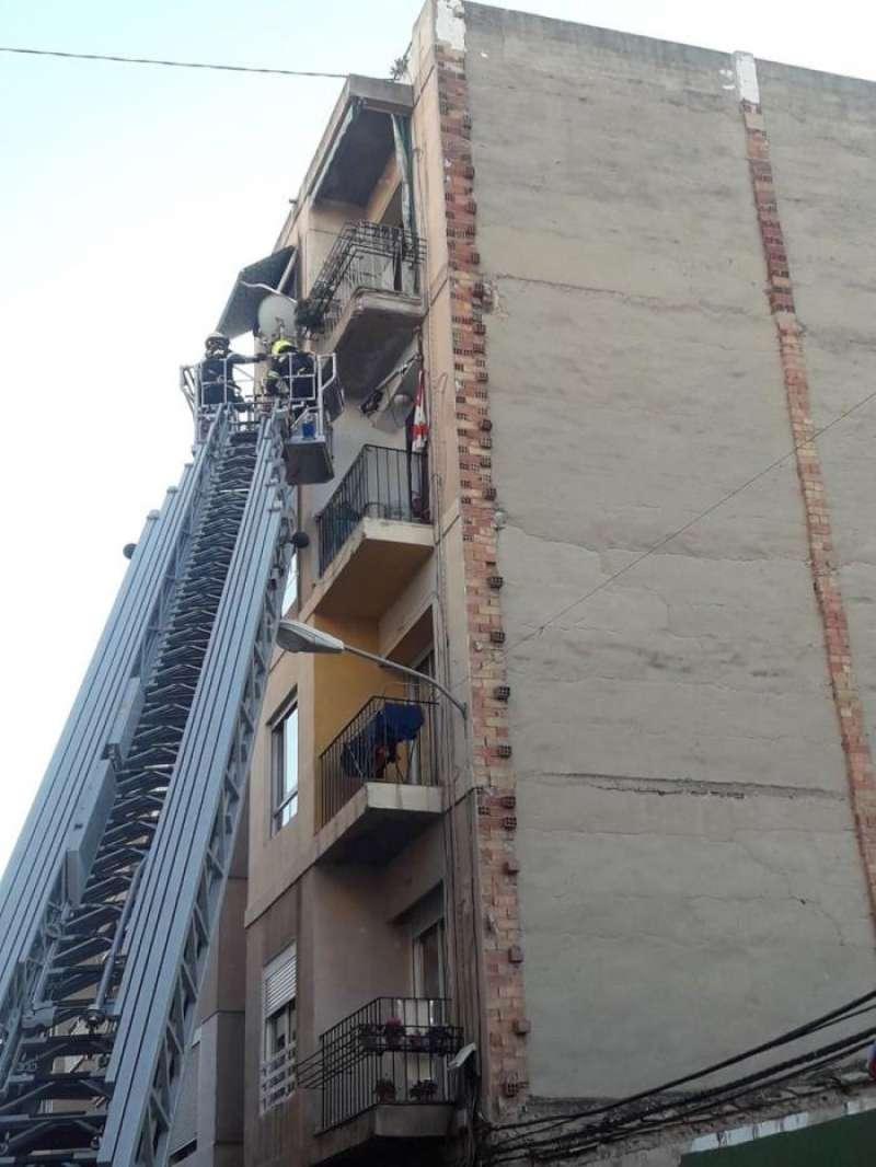Los bomberos de Alicante en una intervención, en una imagen de este cuerpo de seguridad.