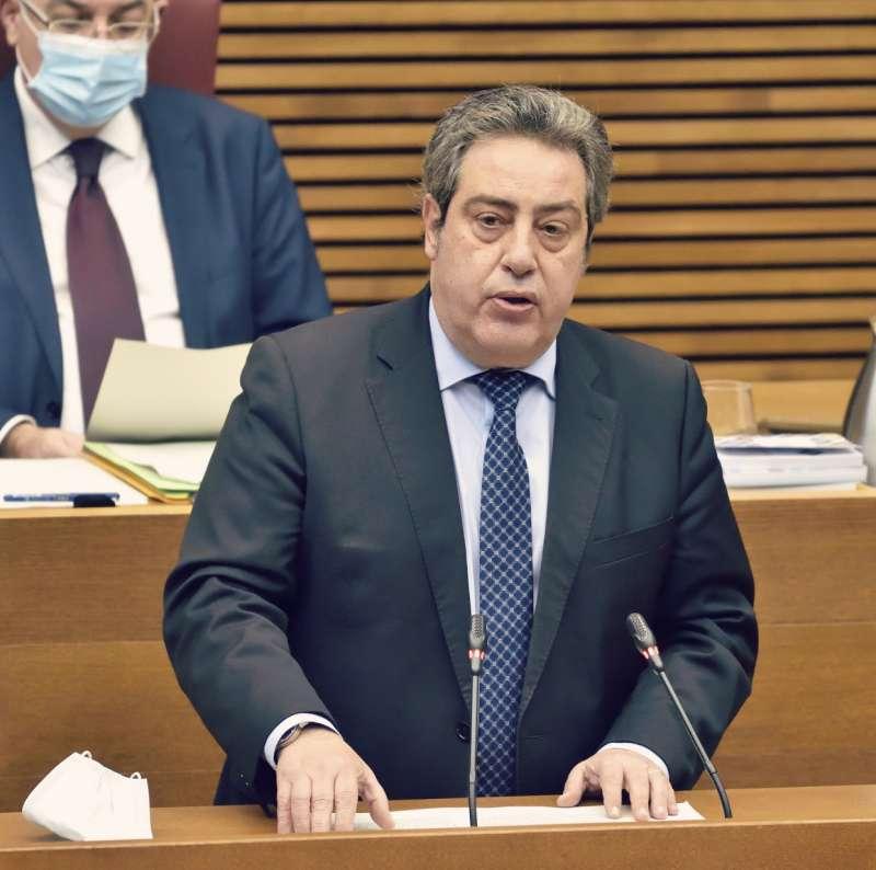 El presidente y portavoz adjunto del Grupo Parlamentario VOX Comunidad Valenciana, José María Llanos.