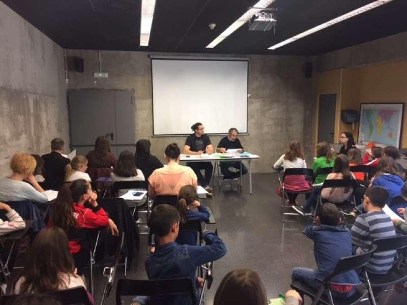 Reunión del nuevo Consejo Municipal de Infancia de Sagunt en el Casal Jove. EPDA