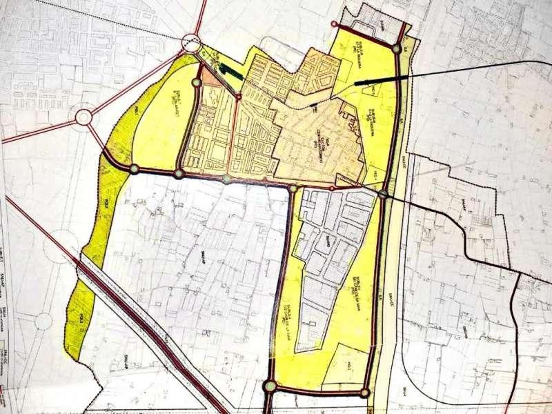En amarillo, crecimiento previsto en el anterior plan aprobado por el PP. EPDA