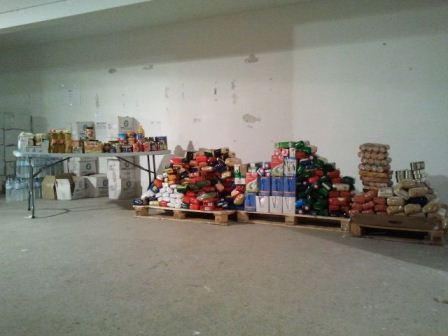 Recogida de alimentos que el Ayuntamiento de Alfafar entregará a Cáritas.