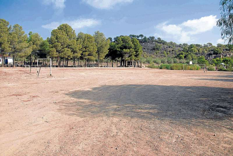 Gran zona de ocio y deportiva rodeada de naturaleza. FOTO EPDA