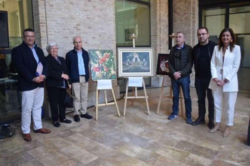 Exposició quadres concurs de pintura Ciutat de València.