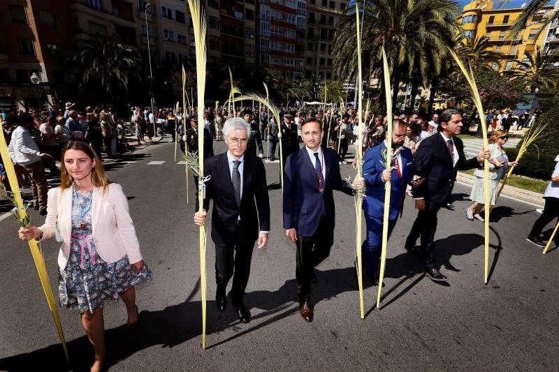 Illana durante la procesión. EFE