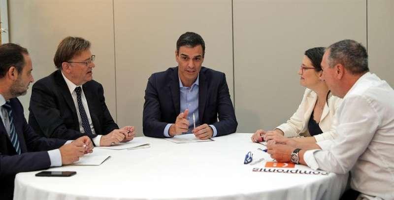 Ábalos, Puig, Sánchez, Oltra y Baldoví. EFE/Manuel Bruque/Archivo