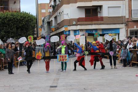 Alfafar disfrutó este fin de semana de la Cabalgata del Ninot y la inauguración de la exposición del Ninot