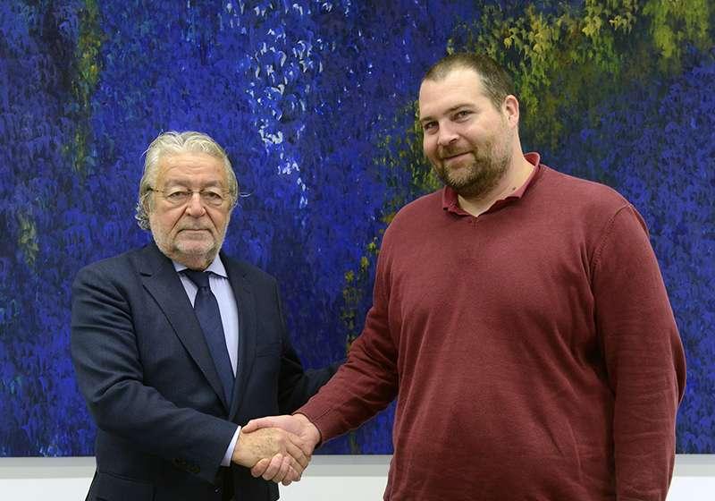 El presidente de Fundación Bancaja, Rafael Alcón, y el alcalde de Quartell, Pere Campos. EPDA