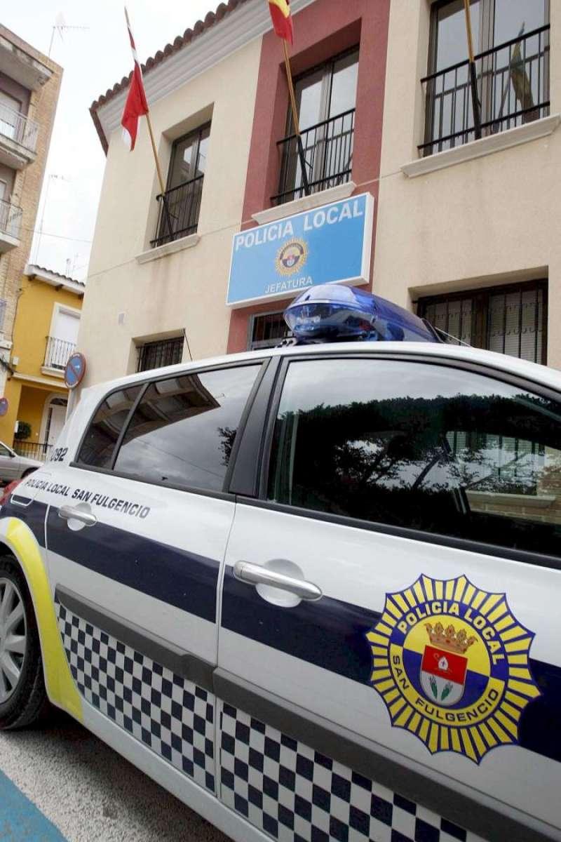 Un coche de la Policía Local. EFE/Archivo