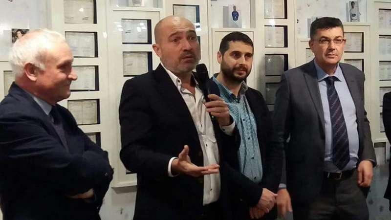 El diputat Xavier Rius, amb Albert Girona, Pere Revert i Enric Morera a la inauguració de la mostra.