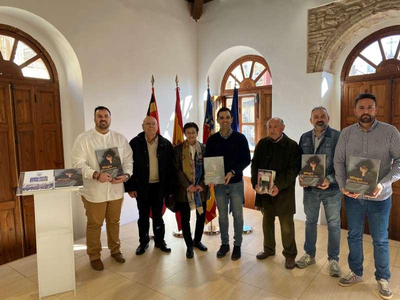 Donación libros Milagro Ferrer