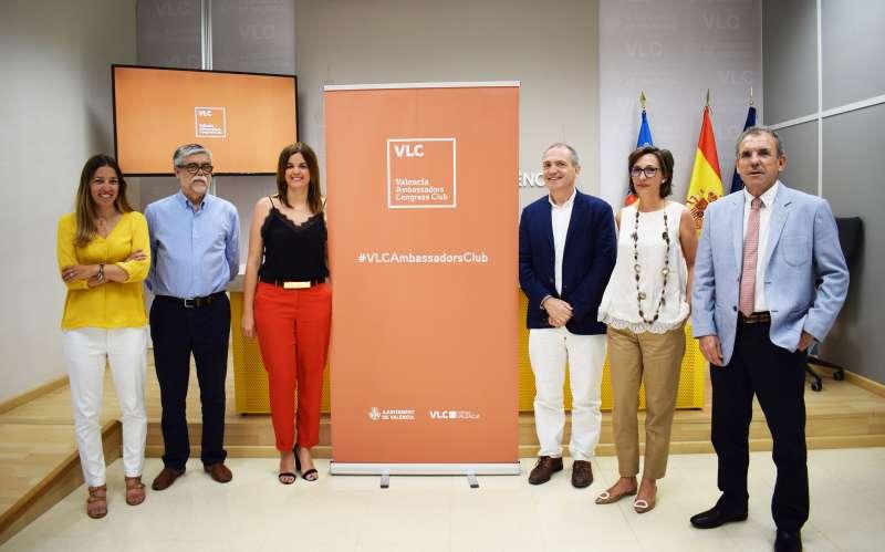 València reconoce a los