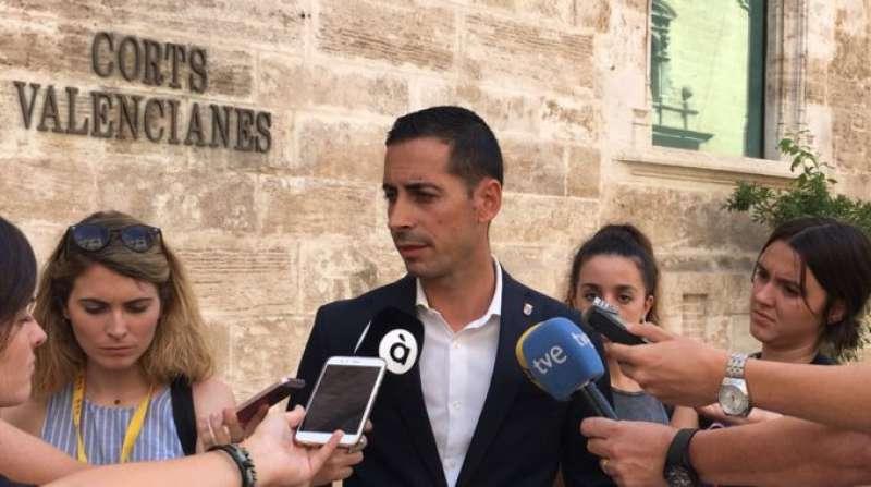 El secretario de Relaciones Institucionales y Acción Territorial del PSPV-PSOE, Carlos Fernández Bielsa.