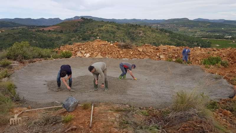 Construcción de las balsas y bebederos. / EPDA