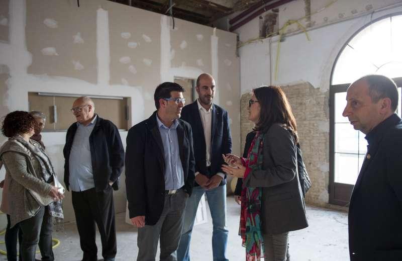 El president de la Diputació, Jorge Rodríguez, durant la visita Carlet el passat mes de març.