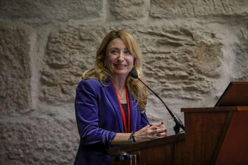 La Presidenta del ICOMV, Dra Hurtado, durante su intervención en el III Congreso Internacional de Cooperación.