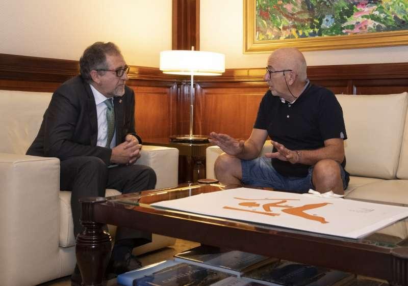 Presidente de la Diputación con alcalde de Puebla de Arenoso