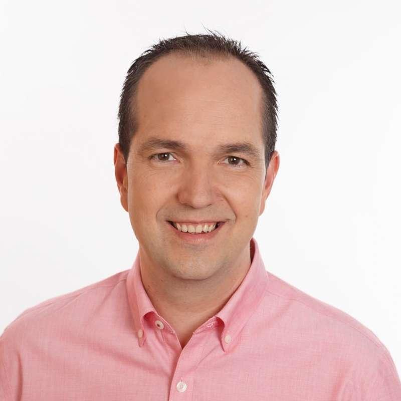 El candidato PSOE, Guillermo Luján