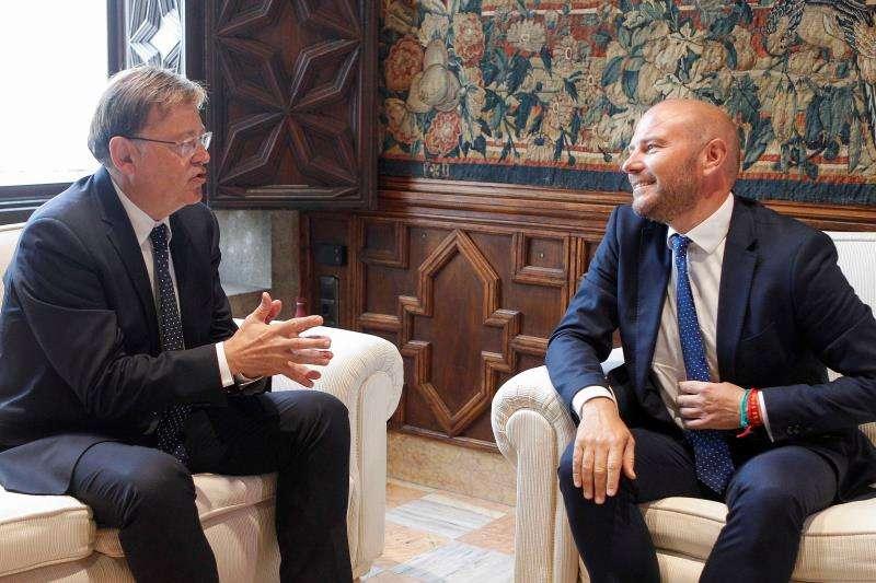El president de la Generalitat, Ximo Puig con el presidente de la Diputación de Valencia, Toni Gaspar. EFE/Ana Escobar