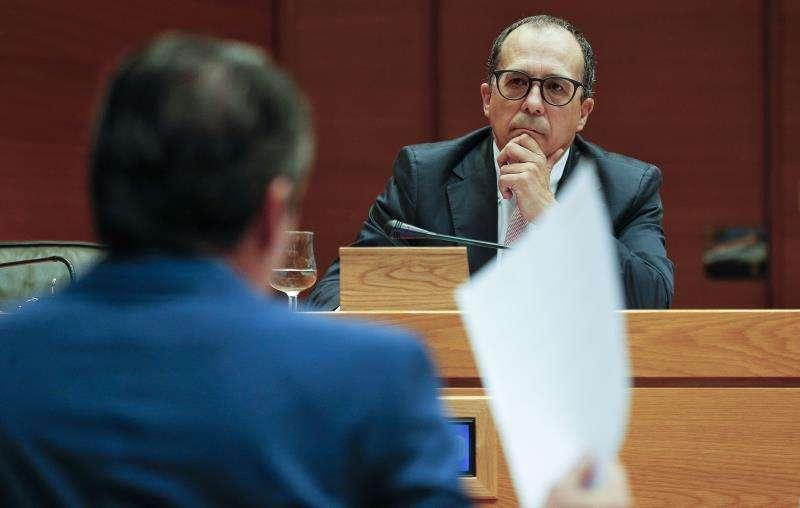 El presidente del consejo rector de la Corporación Valenciana de Medios de Comunicación, Enrique Soriano, durante una comisión en Les Corts. EFE/Archivo