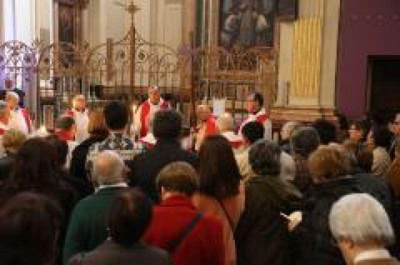 Via Crucis en la Catedral